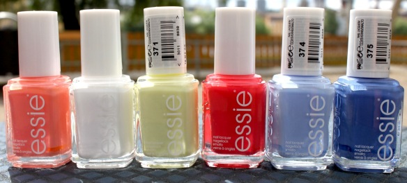 Essie Surfs up