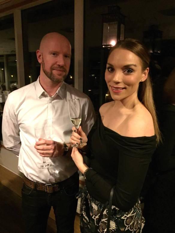 Daisy Beauty mingel Fredrik och Jenny